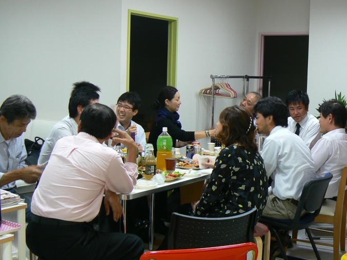 potluck party at wahaha japanese language school
